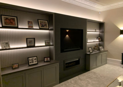 Fitted shelving and media unit side profile