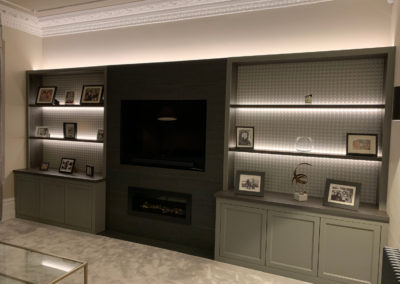 Fitted shelving and media unit front profile